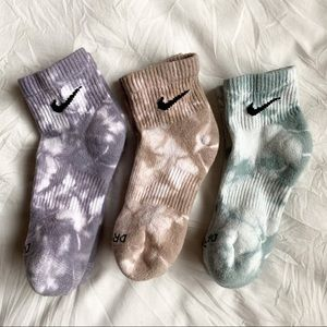 Tie-Dye Nike Quarter Ankle Socks